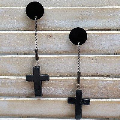 Brinco pêndulo cruz