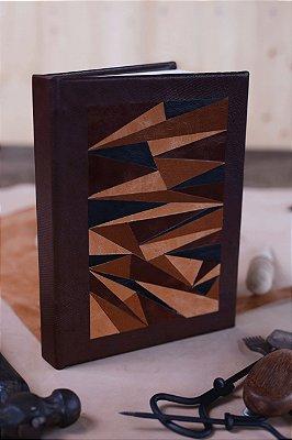 Marchetaria em couro - Caderno artesanal formato A5 - miolo em pólen bold