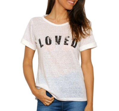 Camiseta Loved