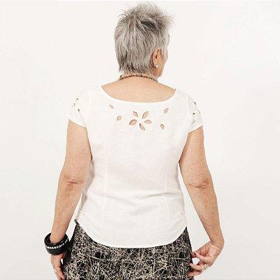 Blusa Plus Size de Linho Pérola Rechilieu