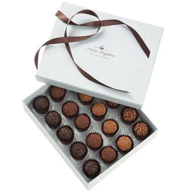 Kit 16 - 20 Brigadeiros - Paçoca,Chocolate Branco com Coco Fresco, Fava de Baunilha, Tradicional e Cupuaçu