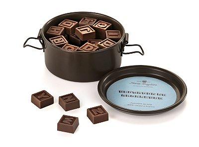 Letrinha de chocolate recheadas com brigadeiro cremoso