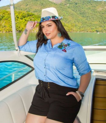 CAMISA JEANS PLUS SIZE BORDADA