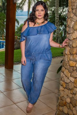 MACACÃO PLUS SIZE FASHION
