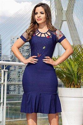 Vestido em Bengaline com Detalhe em Tule RS1410
