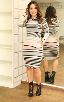 Vestido Esportivo Moda Evangelica com Capuz Boutique K 4776