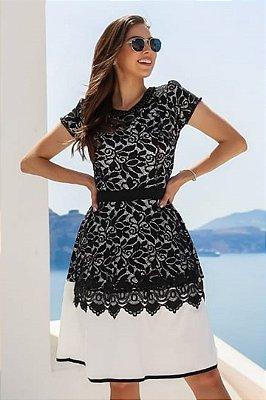 Vestido Moda Evangelica Recortes em Renda e detalhes em Perolas RP