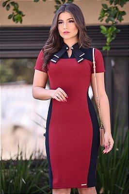 Vestido Tubinho Vermelho Moda Evangelica com detalhes em Recortes LD