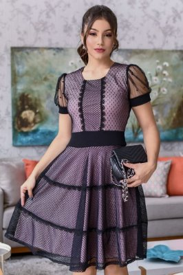 Vestido Lady Like Moda Evangelica aplicação em Tule com detalhes em Perolas e Guipir RP