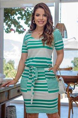 Vestido Tubinho Moda Evangelica Verde com detalhes em bolso Boutique K 4878