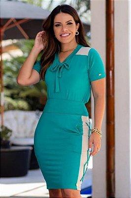 Conjunto Tubinho Moda Evangelica Verde com detalhes em Recortes Boutique K 4884