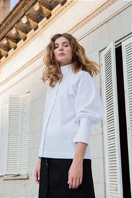 Camisa em tricoline com manga raglan