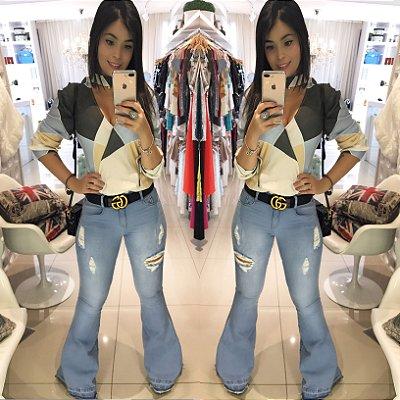 Calça flare jeans modeladora