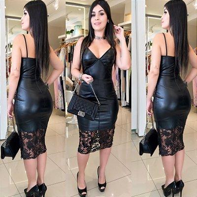 Vestido preto courinho forrado com renda