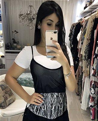 Tshirt sobreposição branca e preto
