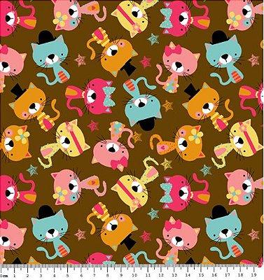 Tecido Tricoline  Estampa Infantil de Gatos Fundo Café - Coleção Bons Amigos - 50 cm X 150 cm