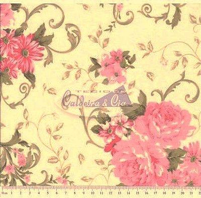 Tecido Tricoline Estampado Floral Rosa c/Fundo Creme -  Cor 01 (50 cm x 1,50 m)