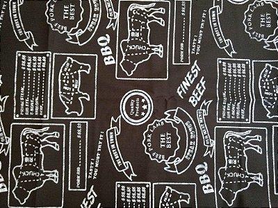 Tecido Tricoline Churrasco - Lousa Beef Cuts- Coleção Cozinha Gourmet - Fundo Preto - Preço de 50cm x 150cm