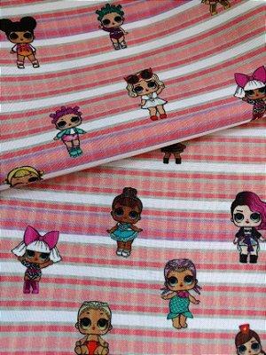 Tecido Estampa Exclusiva de Personagens - Bonecas Lol - Fundo Listrado Branco e Rosa - 100% poliéster - Preço de 80cm x 60cm