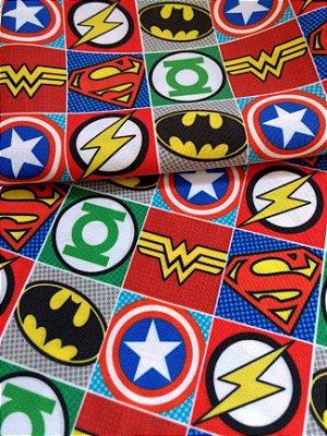 Tecido Estampa Exclusiva de Personagens - Símbolos de Heróis Liga da Justiça - 100% poliéster - Preço de 80cm x 60cm