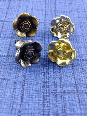 Puxadores em Metal para cartonagem - Formato de Flor - Preço Unitário