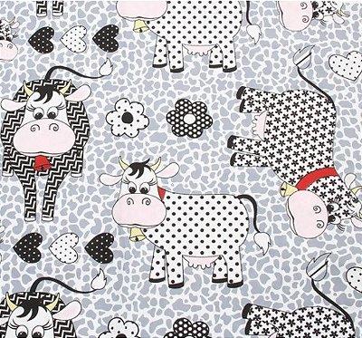 Tecido Tricoline Estampa de Vacas, Corações e Floral - Preço de 50 cm X 146 cm