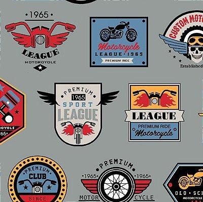 Tecido Tricoline Estampado Motociclistas - Fundo Azul Acinzentado - Coleção Clube de Motociclistas - 50 cm x 150 cm