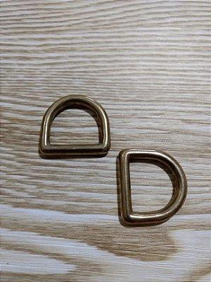 Meia Argola ou Argola D - Ouro Velho - 2,5 cm x 2 cm - Preço de 2 unidades