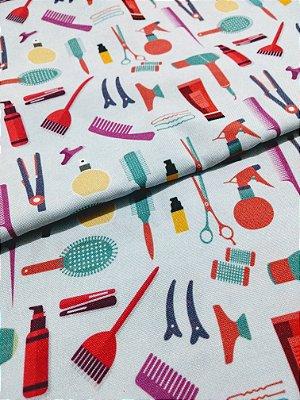 Tecido Estampa Exclusiva de Profissões - Cabeleireiro - 100% poliéster - Preço de 80cm x 60cm