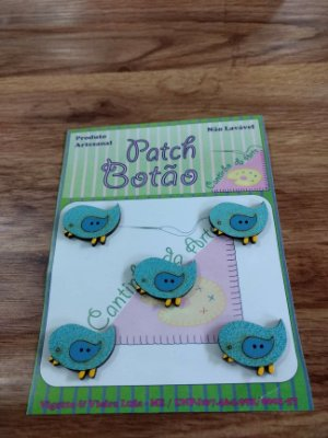 Patch Botão MDF (Não lavável) - Pássaro Azul - (2,5 cm) - Pacote com 5 unidades