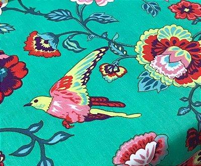 Tecido Tricoline Floral do Éden com Pássaro - Fundo Verde - Coleção Modern Oriental - Preço de 50 cm X 150 cm