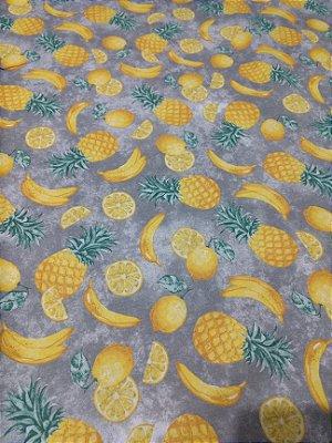 Tecido Tricoline de Abacaxi, Laranja e Banana - Fundo Cinza - Preço de 50 cm X 150 cm