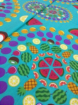 Tecido Tricoline Mandala de Frutas - Fundo Tiffany - Coleção Salada de Frutas - Preço de 50 cm X 150 cm