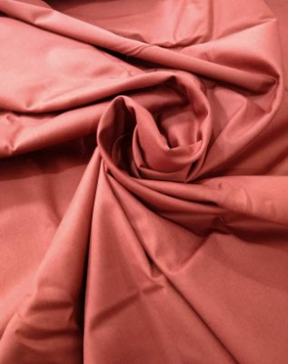 Tecido Tricoline Lisa Marrom Avermelhado - Preço de  50 cm x 150 cm