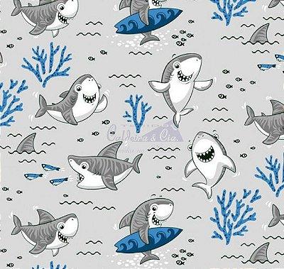 Tecido Tricoline Tubarão Shark - Fundo Cinza - Preço de 45 cm X 150 cm