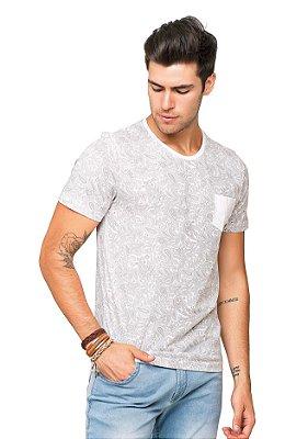 Camiseta Masculina Estampada com Bolso