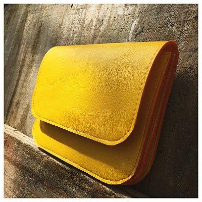 Carteira amarela sanfonada