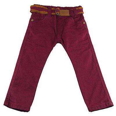 Calça jeans bordo com cinto