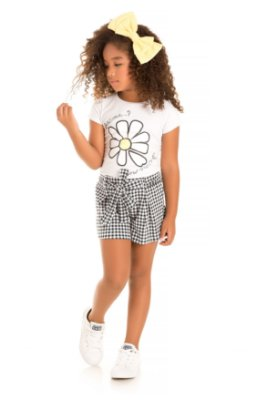 Conjunto blusa e short branco/xadrez