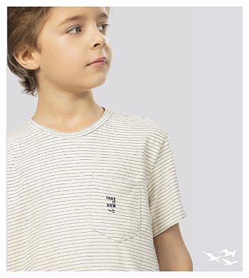 Camiseta naturalinho com bolso