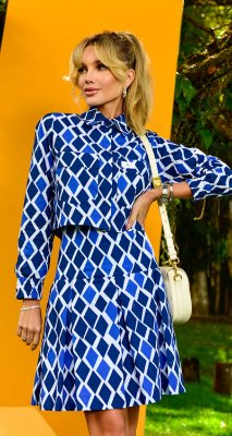 Camisa Cropped c/ Bolso Pipa | NEXT STOP BLESSED