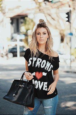 LANÇAMENTO | T-Shirt Strong Love