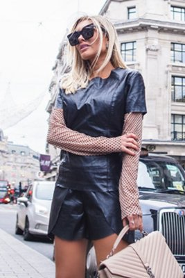 LONDON COLLECTION | Blusa Tule Poá Preto