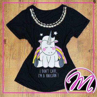 """T-Shirt Camiseta de Pedraria com Estampa de Unicornio """"I don't care, I'm a unicorn!"""""""
