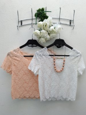 Blusa Cropped Renda de Flores