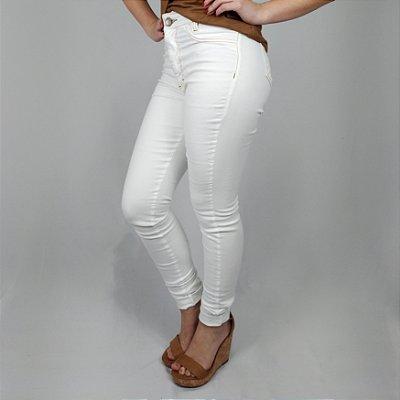 Calça Jeans Pilily Branca Com Costuras Marrom