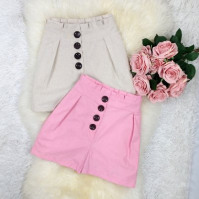 Shorts de Linho com Botões
