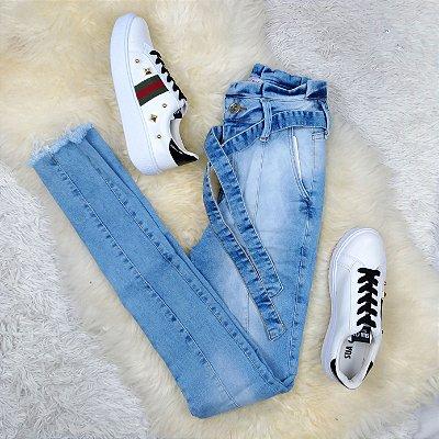 Calça Jeans Cintura em Babado de Amarrar