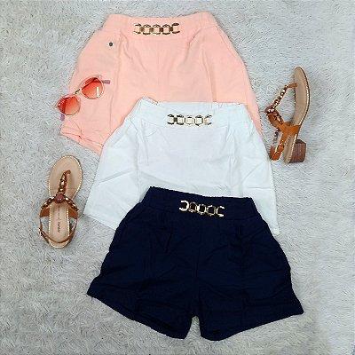 Shorts Liso com Detalhe na Cintura