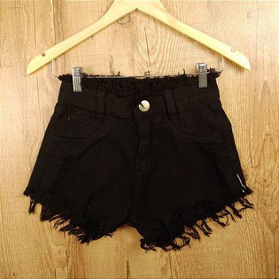 Shorts Jeans Preto Desfiado na Cintura